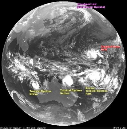 2015年3月12日3時 ひまわり7号赤外線画像